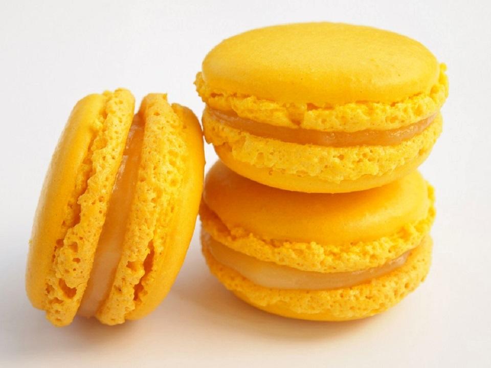 Macarons yuzu