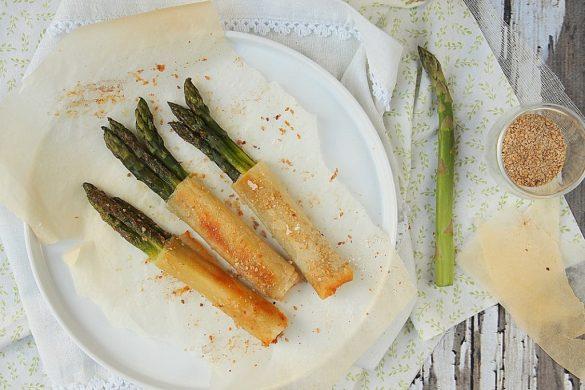 croustillants aux asperges et parmesan