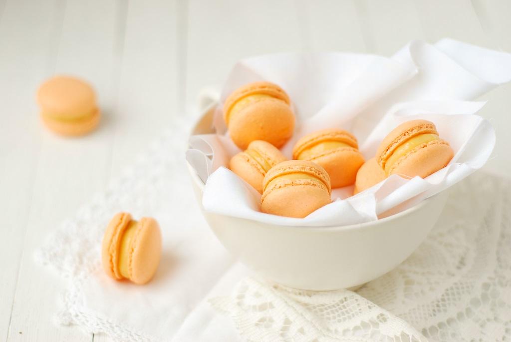 Macarons citron praliné