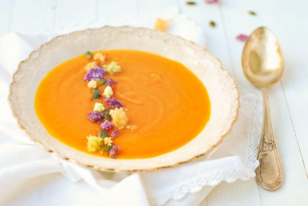 Velouté d'automne {potimarron et carottes)