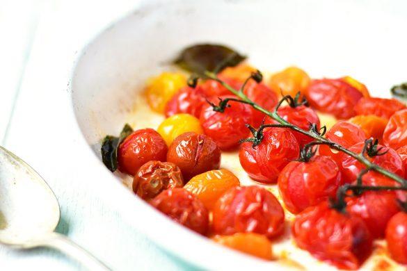 recette tomates cerises roties au four au basilic ail et piment fumé