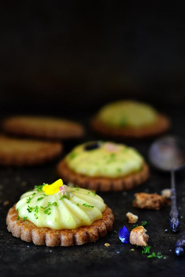 La recette d'une tartelette express au citron vert -- recette de Confit banane