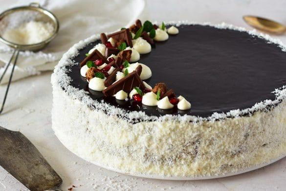 La recette du cheesecake au chocolat et noix de coco sur une base biscuité aux cookies de la mère poulard - recette de confit banane