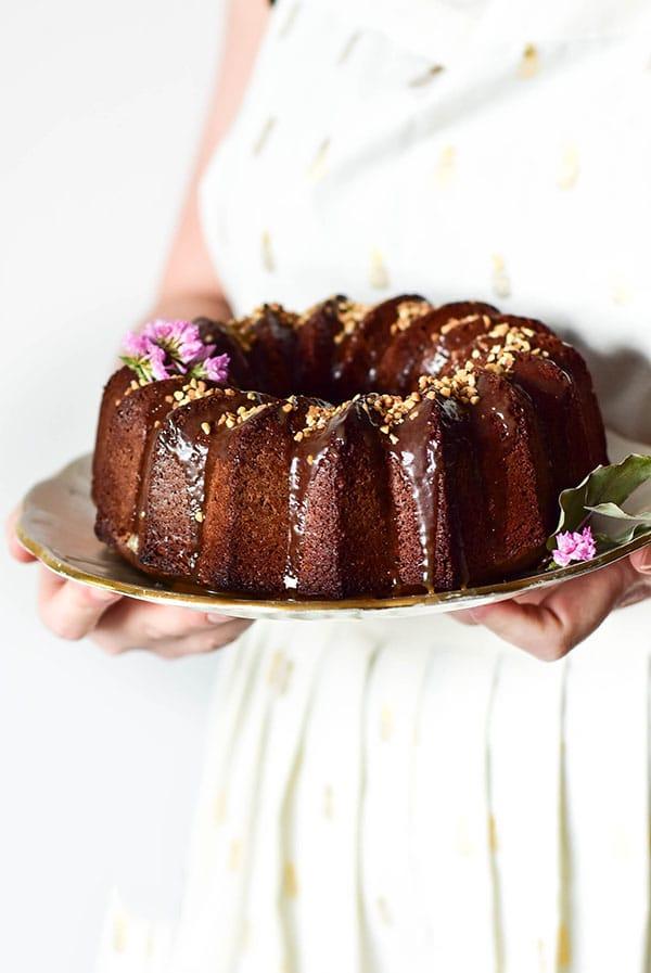 Rcette de bundt cake au chocolat et caramel au beurre salé ultra moelleux. Recette de Confit Banane