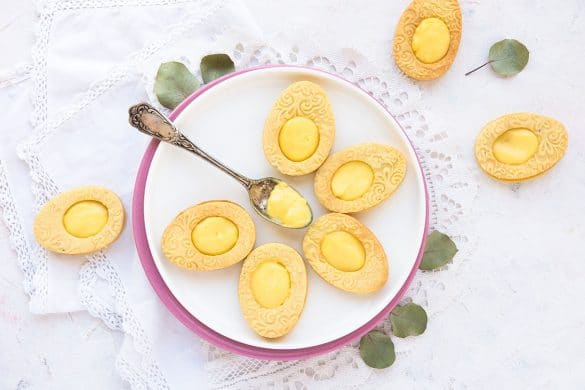 Une recette de sablés spécial pâque en forme d'oeuf -- confit banane