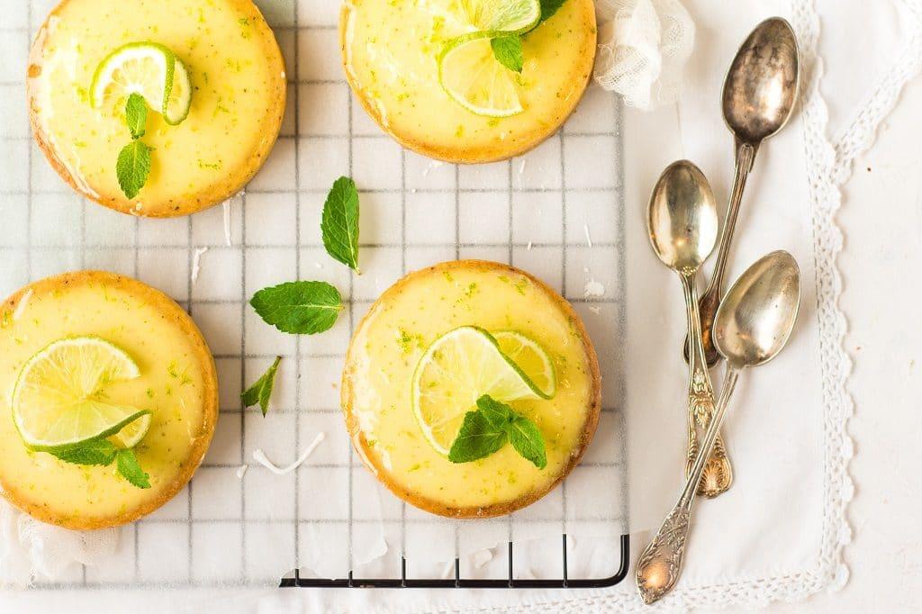 La recette de tartelettes mojito au citron vert, menthe et rhum -- par Confit Banane