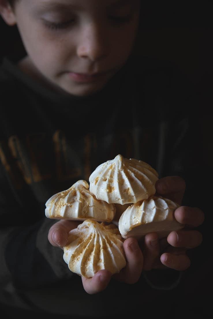Recette de meringue aux éclats de caramel
