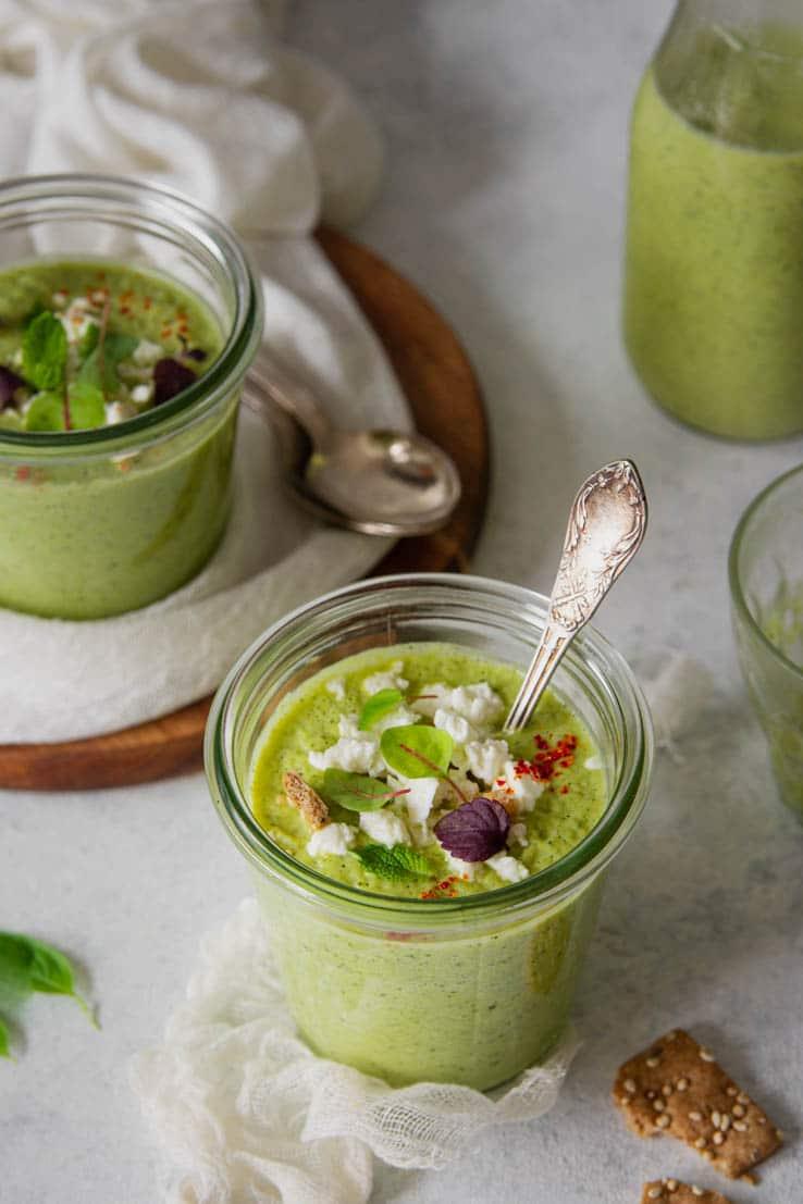 recette de courgette froide au basilic, menthe & feta