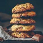 Une recette gourmande de cookies aux 3 chocolats -- recette de Confit Banane