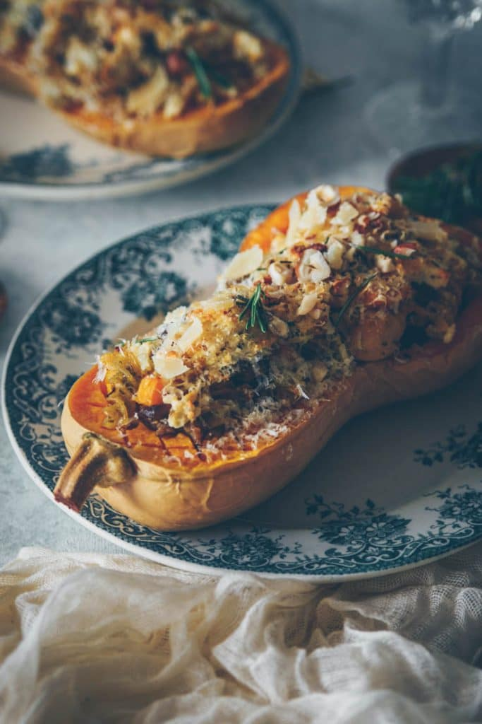 Recipe stuffed butternut squash roasted • Confit Banane •