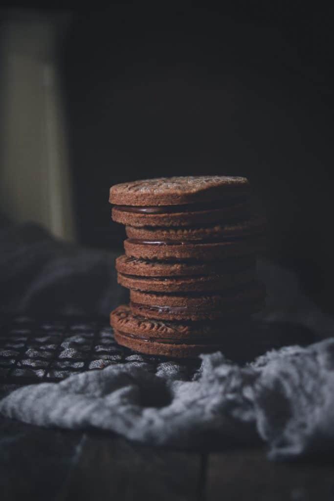 recette de sablés fourrés tout chocolat-confitbanane