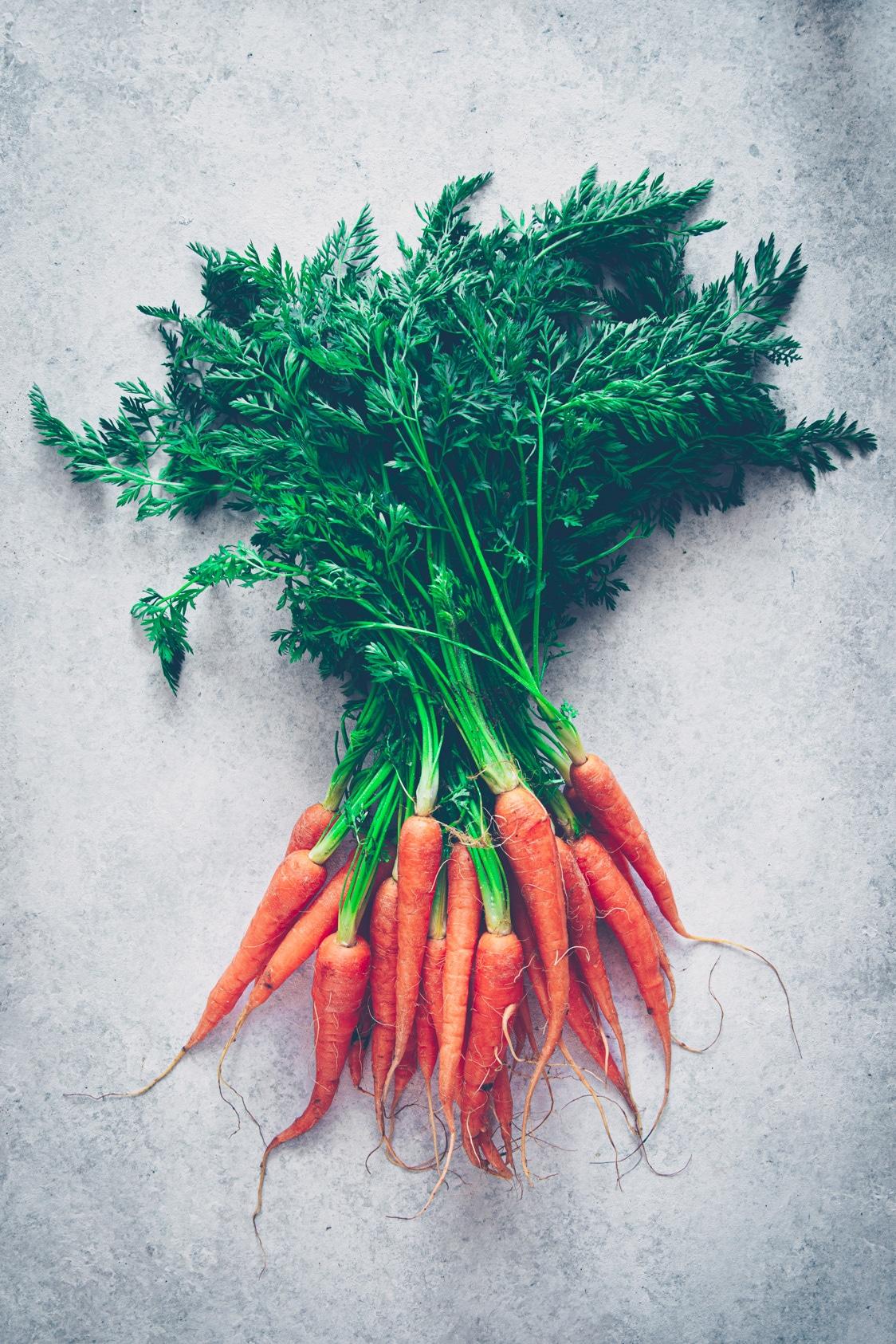 comment cuisiner les carottes fanes - confitbanane