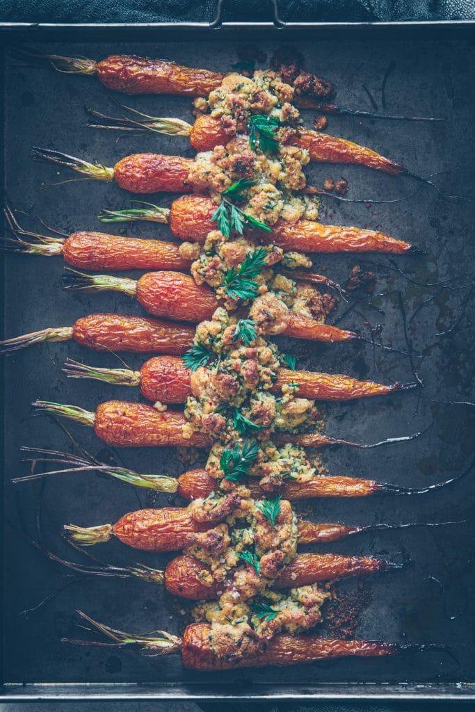 recette de carottes rôties et crumble de noisette et parmesan