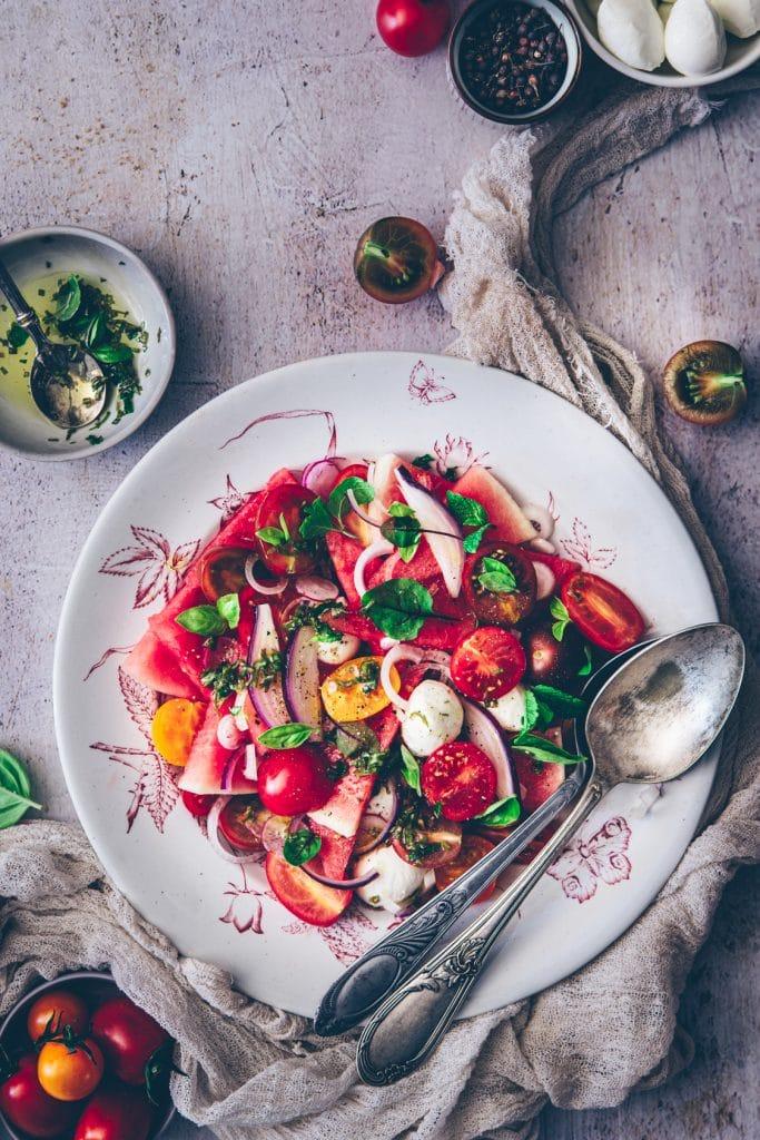 recette de salade légère avec de la pastèque - confitbanane