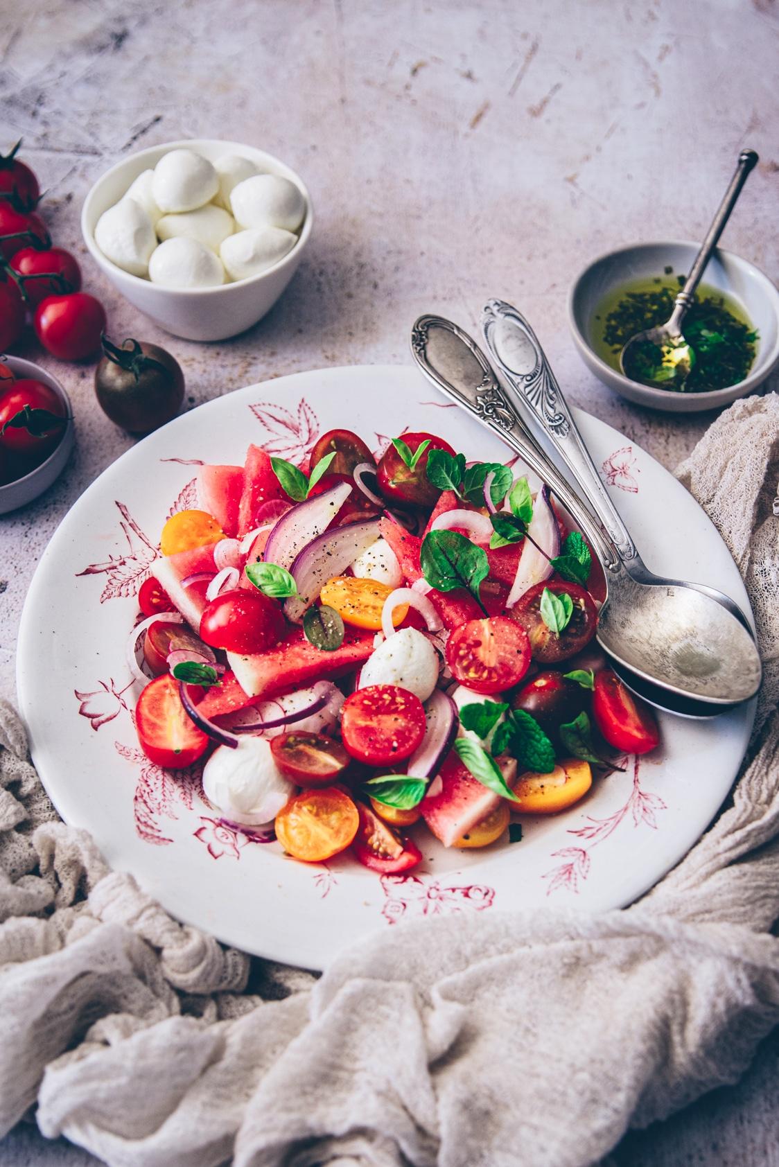 recette de salade pour l'été avec de la mozzarella - confitbanane
