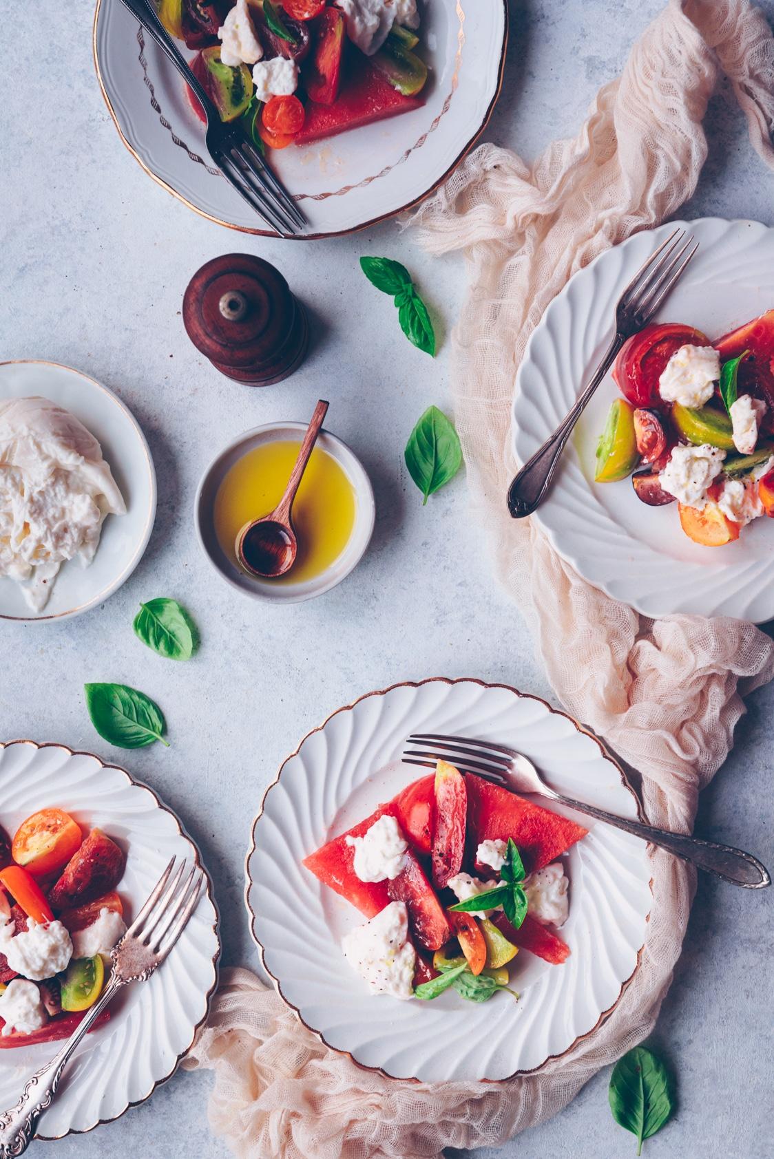 Meilleure salade de tomates et burrata