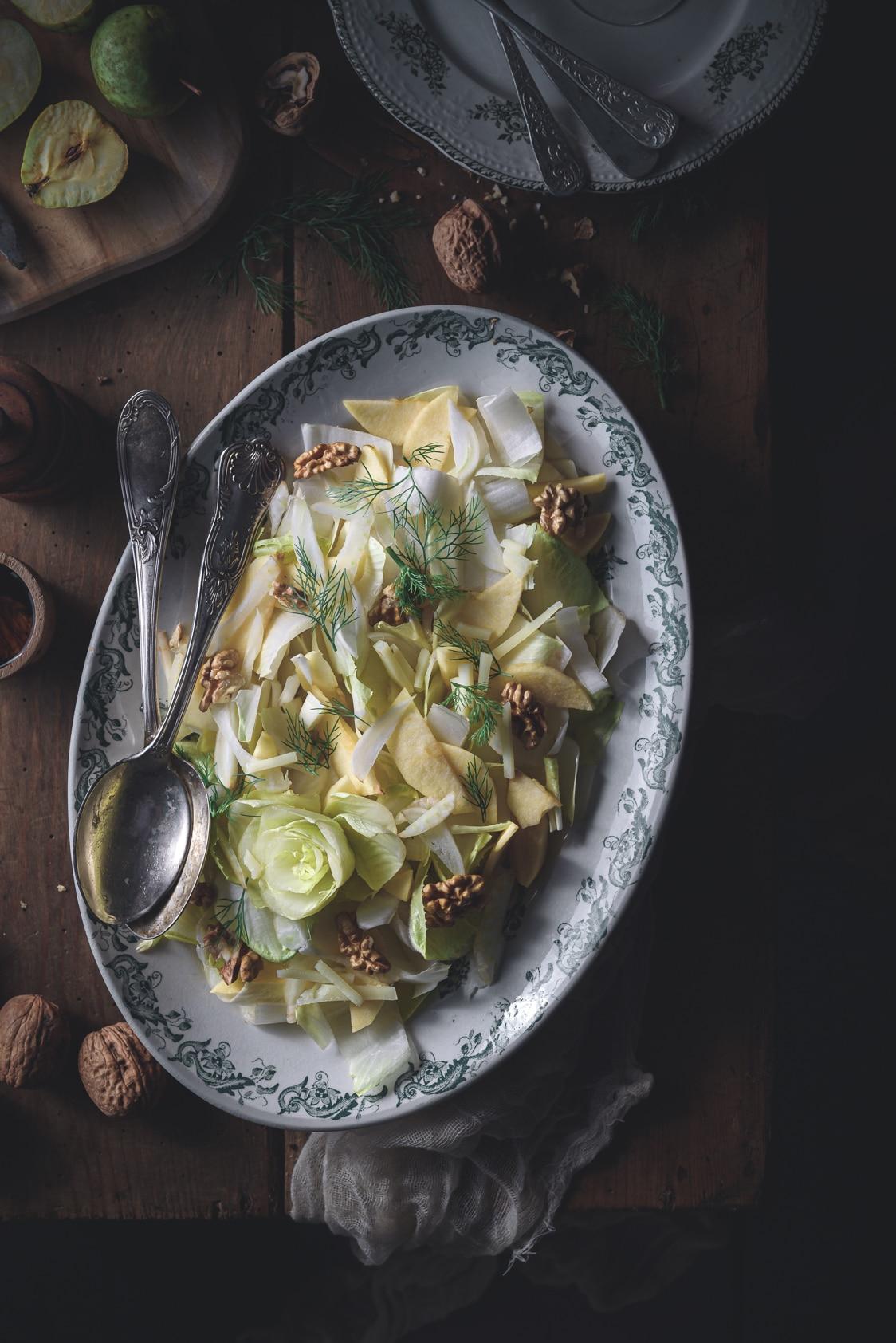 salade d'endives aux pommes, fenouil, noix & brebis